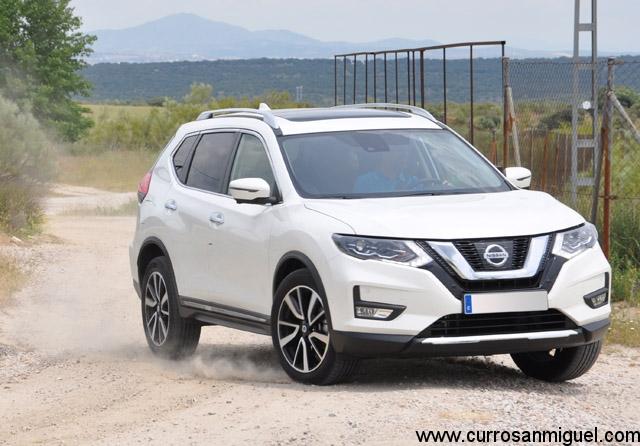 Sobre cualquier terreno, el X-Trail es un coche seguro y confortable