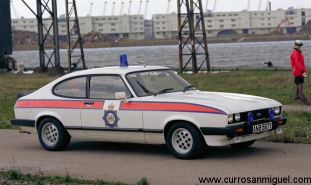 Tanto gustaba este coche en Gran Bretaña que hasta la policía lo usó para patrullar las autopistas