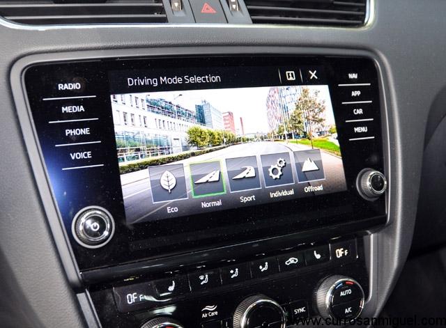 Modos de conducción mostrados en la nueva pantalla de 8