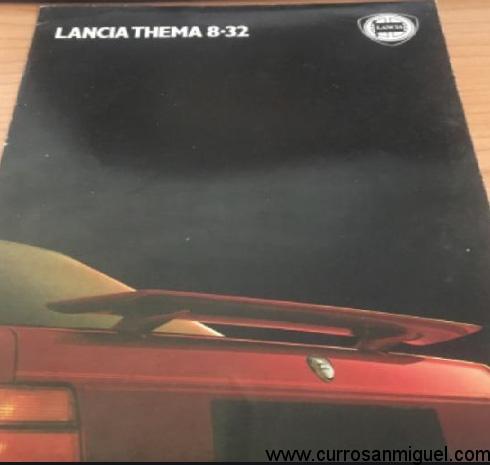 Del 8.32, más que con el motor Ferrari, yo me quedo con el alerón retráctil. No en vano decoraba la portada de su catálogo.