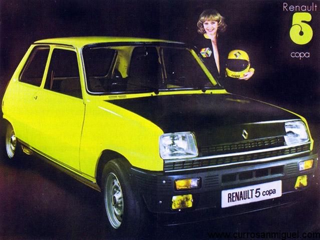 Publicidad de la época del R5 Copa. Una chica, un coche rápido… no te hace falta más.