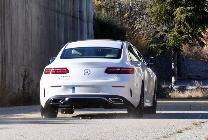 A pesar dell paquete deportivo AMG el E coupé siempre será un coche cómodo y veloz