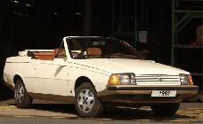 También animados por el mercado US, se desarrolló este cabrio. Gracias al cielo que no se fabricó.