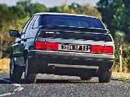 Se trabajó mucho en su suspensión para que en curvas no se inclinase tanto como su predecesor, el CX.