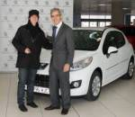 Peugeot 207 40 Principales: Pegadizo